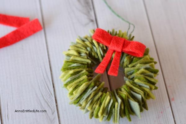 Felt Wreath Ornament Craft
