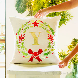 DIY Personalized Farmhouse Christmas Pillow with Cricut Maker!