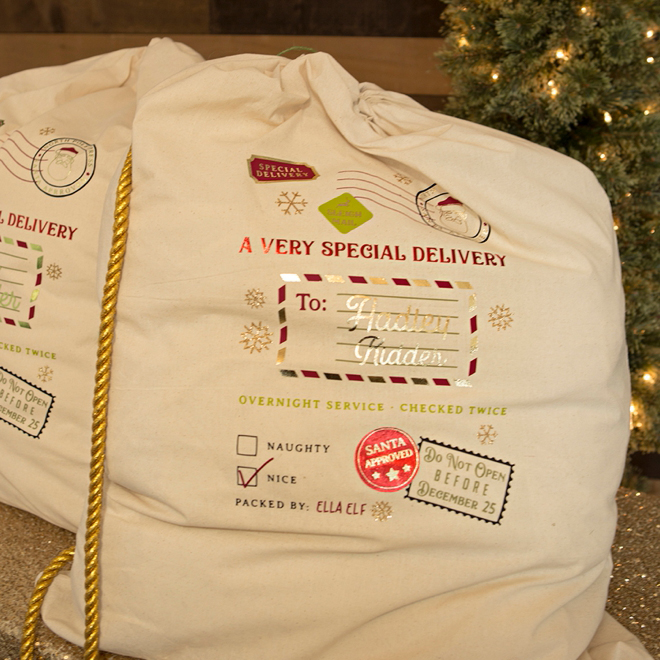 OMG - These DIY Oversized Santa Gift Bags Are Beyond Adorable!