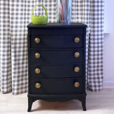 Best Way to Paint Old Furniture